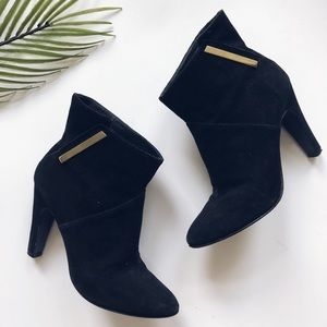 Sigerson Morrison pointed toe black bootie